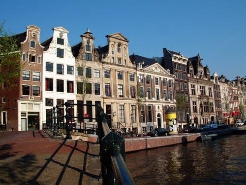 Grachtenpanden van de herengracht ter hoogte van de for Herengracht amsterdam